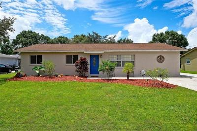 North Fort Myers Single Family Home For Sale: 9320 Sedgefield Rd