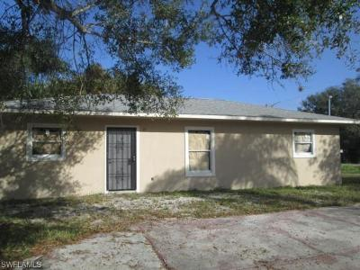 North Fort Myers Single Family Home For Sale: 1680 Woodward Ave