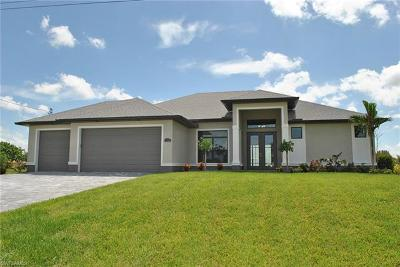 Cape Coral Single Family Home For Sale: 1305 NW 41st Pl