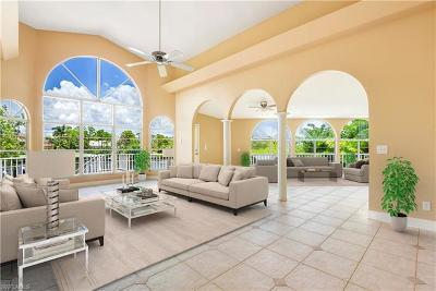 Bonita Springs Single Family Home For Sale: 3648 Margina Cir