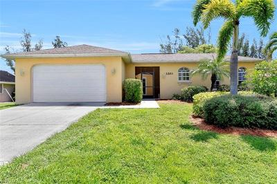 Cape Coral Single Family Home For Sale: 1203 SW 15th Pl