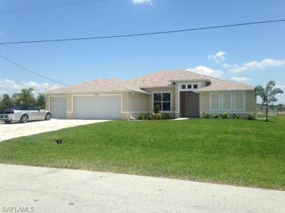 Cape Coral Single Family Home For Sale: 3329 SW 8th Ct