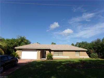 Lehigh Acres Single Family Home For Sale: 919 Roosevelt Ave