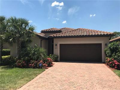 Fort Myers Single Family Home For Sale: 9525 River Otter Dr