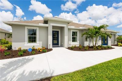 Cape Coral Single Family Home For Sale: 1021 SW 11th Ct