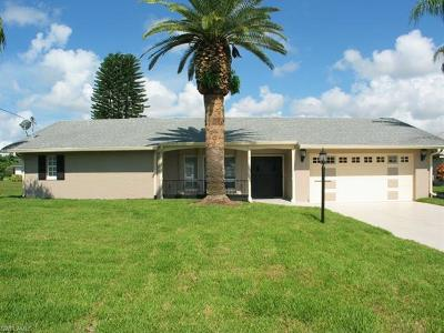 Cape Coral, Matlacha Single Family Home For Sale: 3906 SE 13th Ave