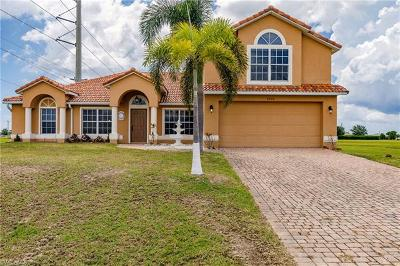 Cape Coral Single Family Home For Sale: 2400 NW 7th Ave