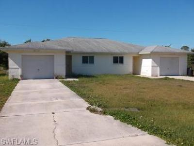 Fort Myers Multi Family Home For Sale: 6057 Laurelwood Dr