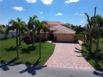 Cape Coral Single Family Home For Sale: 1304 NE 3rd Ter