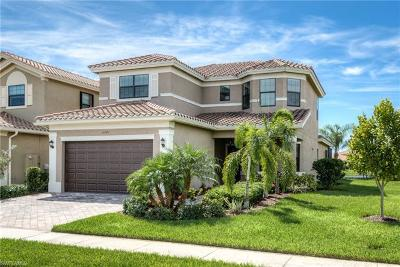 Fort Myers Single Family Home For Sale: 11721 Meadowrun Cir