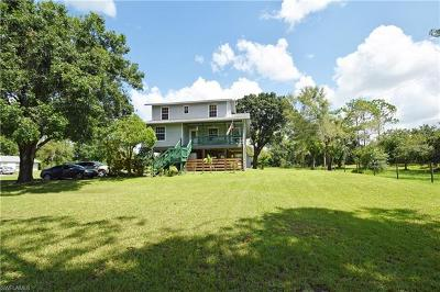 North Fort Myers Single Family Home For Sale: 9361 Heather Ln