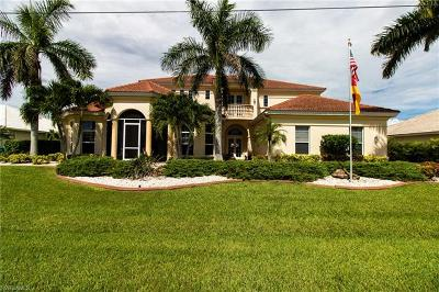 Cape Coral Single Family Home For Sale: 2626 SE 19th Ave
