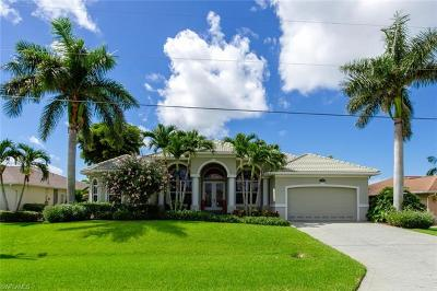 Cape Coral Single Family Home For Sale: 2542 SW 38th Ter