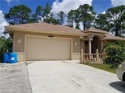 Lehigh Acres Single Family Home For Sale: 3509 Sunshine Blvd