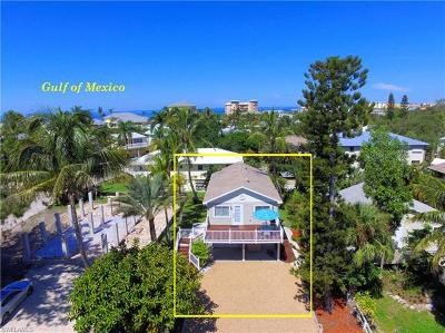 Fort Myers Beach Multi Family Home For Sale: 307 Lazy Way