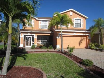 Lehigh Acres Single Family Home For Sale: 8113 Silver Birch Way