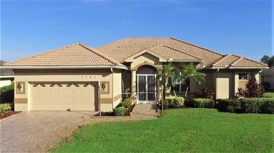 Lehigh Acres Single Family Home For Sale: 2242 Oxford Ridge Cir