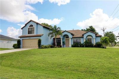 Cape Coral Single Family Home For Sale: 5427 SW 25th Ct