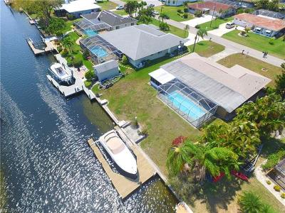 Cape Coral Single Family Home For Sale: 4819 SW 2nd Pl