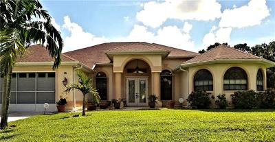 Lehigh Acres Single Family Home For Sale: 16 McArthur Ave