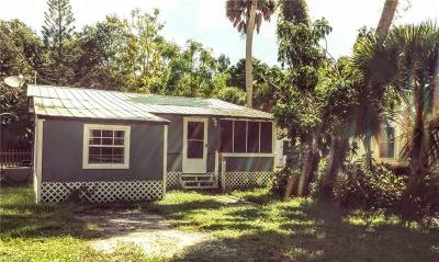 Glades County Single Family Home For Sale: 1100 Harper Ln