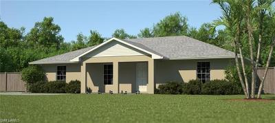 Labelle Single Family Home For Sale: 7061 Tide Cir