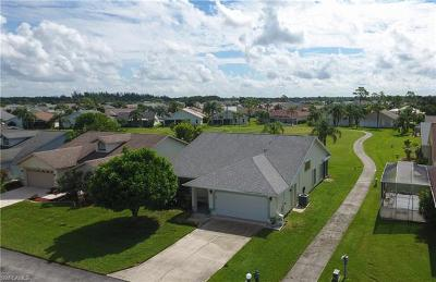 North Fort Myers Single Family Home For Sale: 17728 Acacia Dr