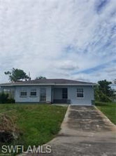 Lehigh Acres Single Family Home For Sale: 317 Canyon Dr N