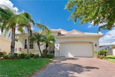 Estero Single Family Home For Sale: 9410 Sun River Way