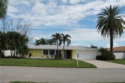 Cape Coral Single Family Home For Sale: 1609 SE 40th St