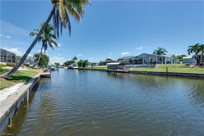 Cape Coral Single Family Home For Sale: 1802 SE 9th Ter