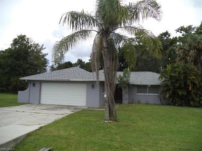Fort Myers Shores Single Family Home For Sale: 13219 Caribbean Blvd