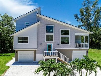 Sanibel Single Family Home For Sale: 1677 Sabal Sands Rd