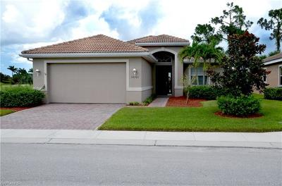 North Fort Myers Single Family Home For Sale: 20703 Castle Pines Ct