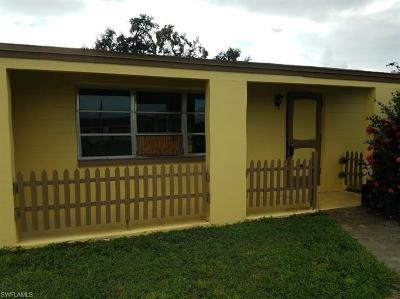 Lehigh Acres Single Family Home For Sale: 105 Oleander Rd