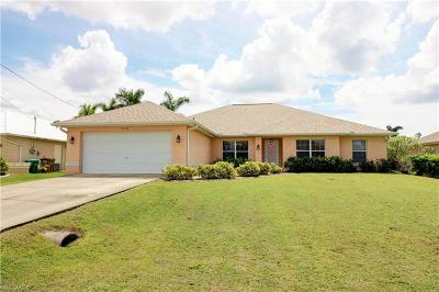 Cape Coral Single Family Home For Sale: 2518 SW 35th Ln