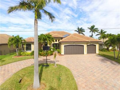 Cape Coral Single Family Home For Sale: 1917 SW 54th St