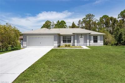 Fort Myers Single Family Home For Sale: 708 Zeppelin Pl