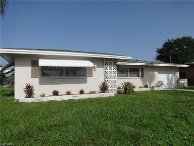 Cape Coral Single Family Home For Sale: 5348 Cortez Ct