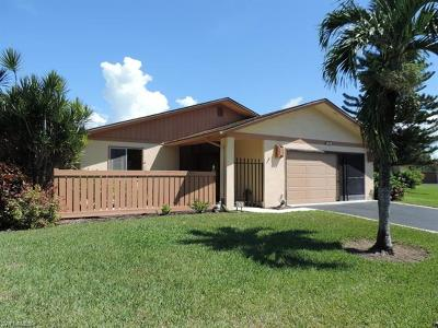 Fort Myers Single Family Home For Sale: 6481 Royal Woods Dr