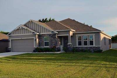 Cape Coral Single Family Home For Sale: 1818 SW 26th Ter