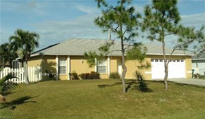 Cape Coral Single Family Home For Sale: 1028 SW 11th Ct