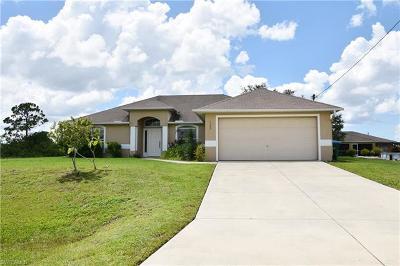 Cape Coral Single Family Home For Sale: 1302 NE 7th Pl