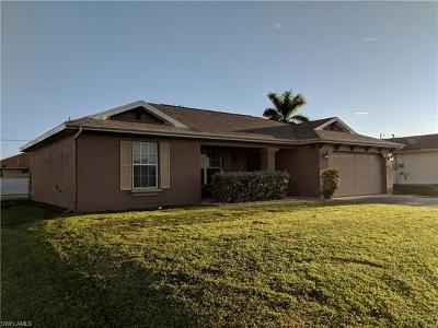 Cape Coral Single Family Home For Sale: 601 Tropicana Pky W