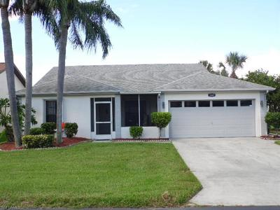 North Fort Myers Single Family Home For Sale: 3367 Clubview Dr