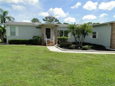North Fort Myers Single Family Home For Sale: 19832 Frenchmans Ct