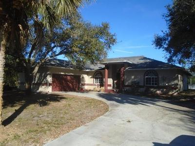 Lehigh Acres Single Family Home For Sale: 400 Lake Ave