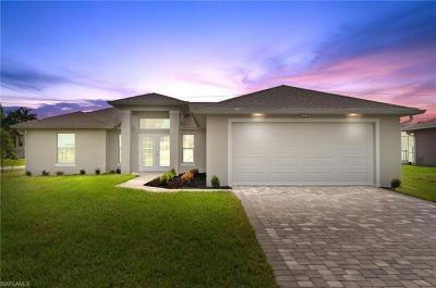 Cape Coral Single Family Home For Sale: 1611 SW Embers Ter