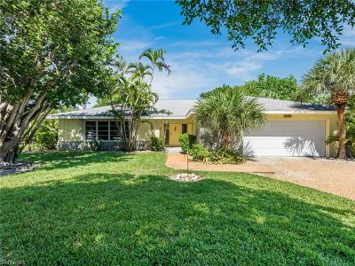 Sanibel Single Family Home For Sale: 543 Boulder Dr