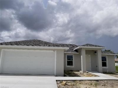 Cape Coral Single Family Home For Sale: 1900 NW 1st Ter